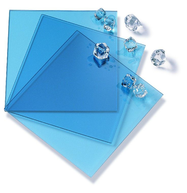 Pilkington Arctic Blue™ - solar control body tinted glass. © Pilkington