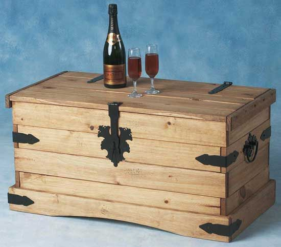Trunk Coffee Table Pine: 17 Best Images About Mexican Pine Furniture On Pinterest