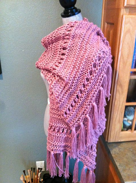 Free Pattern: Eyelet, Garter and Stockinette Stitch Prayer Shawl by Louis Chicquette