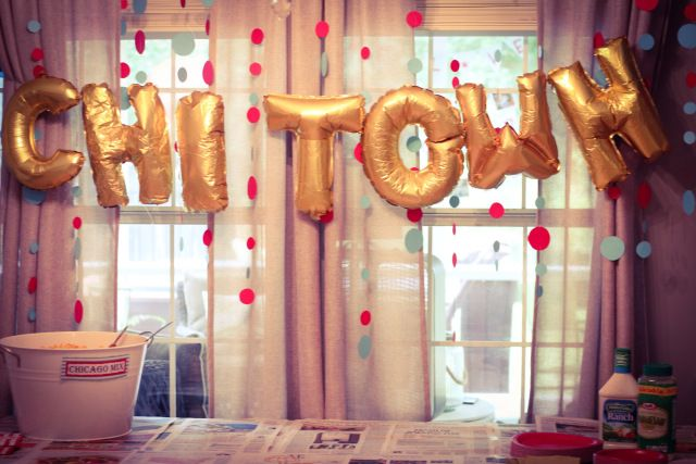 Chicago Themed Birthday Party, Chicago balloons, circle ...