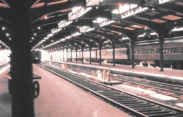 OTTAWA, Ontario - old Union Station platforms - Bing