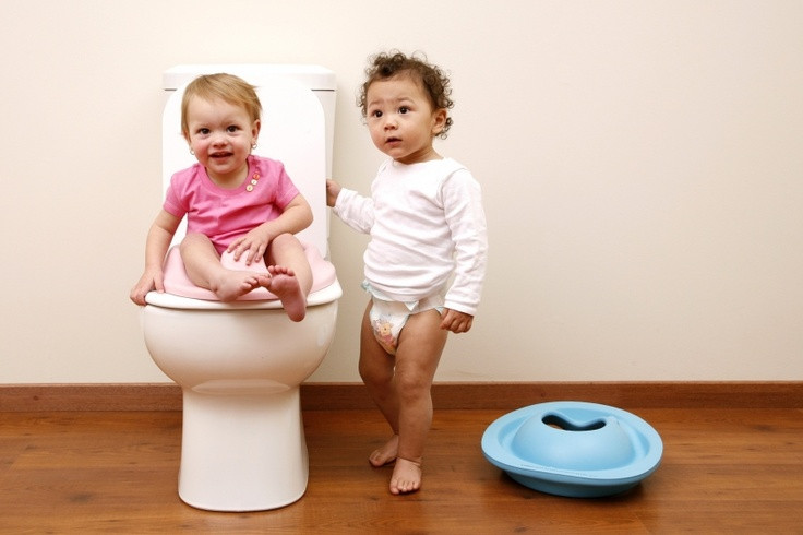 Bumbo toilet trainer: helping toddler potty train
