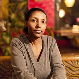 Herzlich Willkommen im Restaurant Makamba!   Erleben Sie ein Stück Äthiopien im Herzen Stuttgarts. Genießen Sie die kulinarische Küche Äthiopiens bei traditioneller Musik und lassen Sie sich anstecken vom afrikanischen Lebensgefühl. Neben der äthiopischen Küche finden Sie auch...