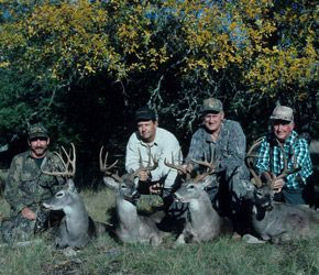 Deer Hunting in Texas -- Timing a Texas deer hunt is critical for maximizing your success. For example Texas Hill country bucks are already out searching for does in early November.