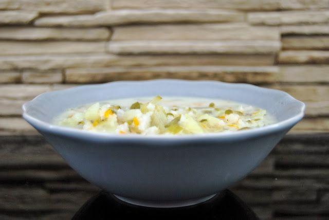 Gospodyni Miejska: Zupa ogórkowa z ziemniakami i ryżem