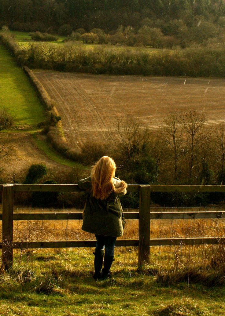 Quiet time, the outdoors and beautiful scenery are just many of the reasons I would like to live in the country!