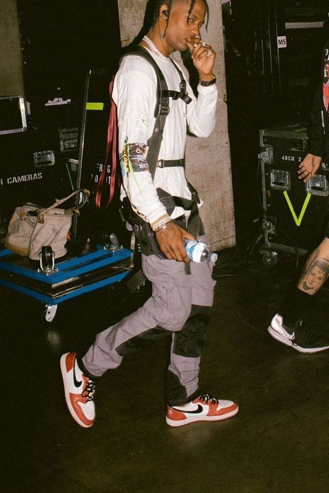 Travisscottwallpapers In 2020 Travis Scott Fashion Travis Scott Outfits Travis Scott Wallpapers
