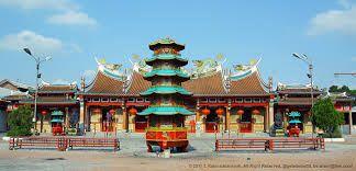 vihara gunung timur, Medan.