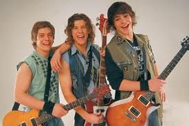 Rama ( Gaston Dalmau), Tacho ( Nicolas Riera), Thiago ( Juan Pedro Lanzani) , from Teen Angels show