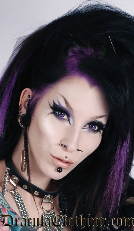 I really want to do this eye makeup, and have those contact lenses, but I have so much trouble with the over the top winged liner!