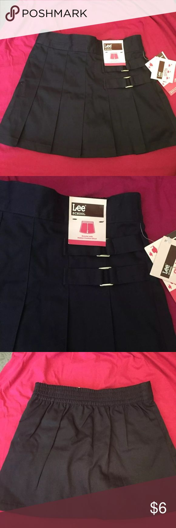 New school navy uniform skirt size 5 Navy school uniform skirt with shorts underneath. Brand-new. Size 5 Lee Bottoms Skirts