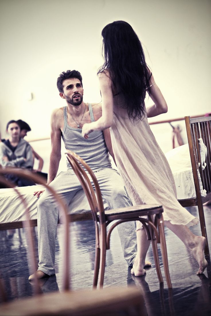 Antonino Sutera & Beatrice Carbone rehearsing L'altra metà del cielo - 2012/2013 Season http://www.youtube.com/watch?v=tWYQK_ccCww