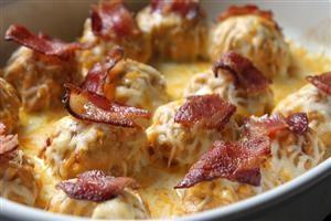 Buffalo Ranch Chicken Cheese Bites with Crispy Bacon