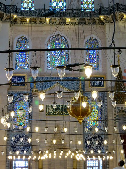 Magical lights of Istanbul by 1CheekyChimp, via Flickr