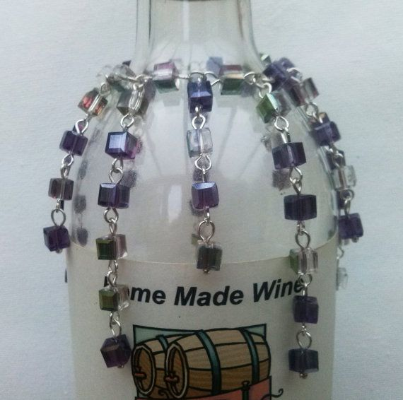 Wijn fles ketting met paarse Crystal wijn fles decoratie, handgemaakte kralen decoratie, handgemaakte sieraad, bruiloft decoratie, Gift