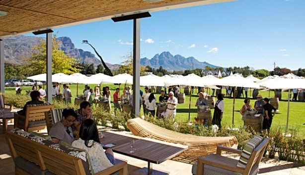7 February 2015 The annual festival showcasing the top local rose, white and MCC wines. Venue: Leopard's Leap Family Vineyards, R45, Franschhoek