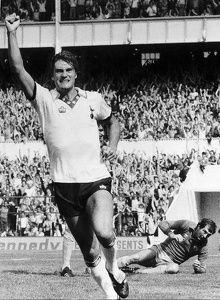 "Glenn Hoddle ""The King of White Hart Lane beats Manchester City keeper Joe Corrigan."