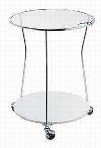 Table roulante de Virages - Notre sélection de produits déco transparente - Vous rêvez d'une déco à la James Bond ? Cette table roulante en verre et en inox pourrait être tout droit sortie de Goldfinger ! Table roulante à poignées de Virages www...