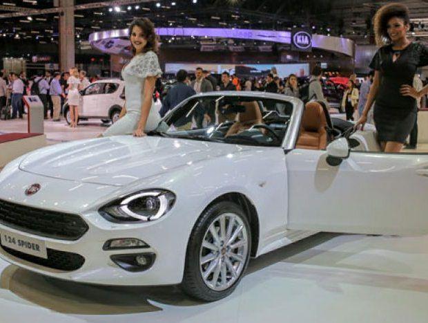 A Fiat mostra no 29º Salão do Automóvel de São Paulo um exemplar do conversível 124 Spider, baseado no Mazda Miata. O charmoso modelo deve chamar muita ate...