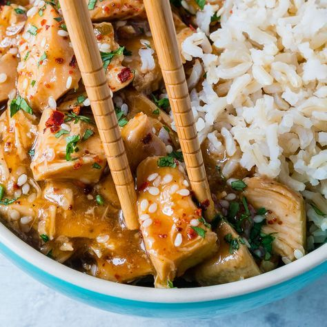 This Tangy Crockpot Sesame Chicken is Life Changing Delicious! - Clean Food Crush