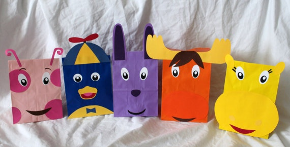 So cute! My daughter loves the Bakyardigans. Backyardigans Party Favors Treat Loot Goody by CherishedBlessings, $13.99