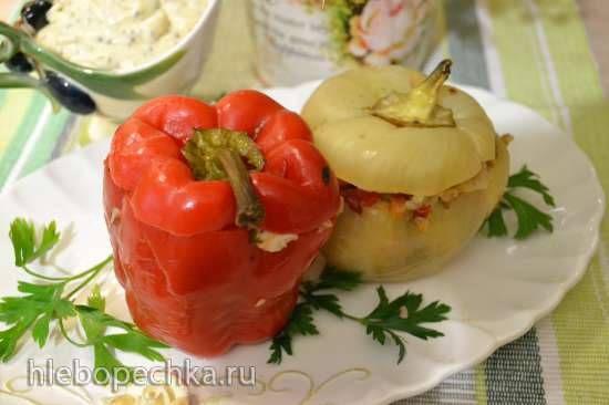 Перец фаршированный овощами, куриной грудкой и гречкой (в пароварке)