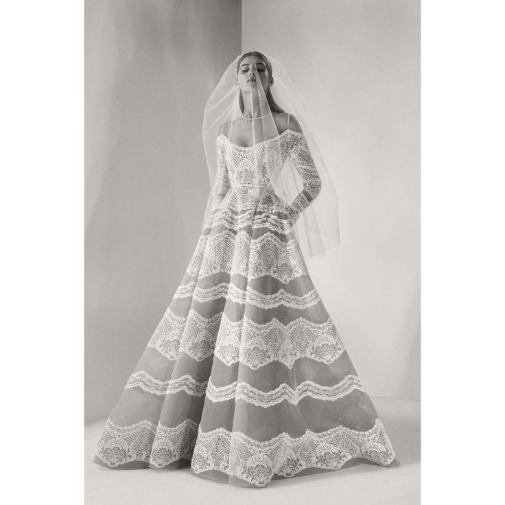 Elie Saab  #VogueRussia #bridal #fallwinter2017 #ElieSaab #VogueCollections