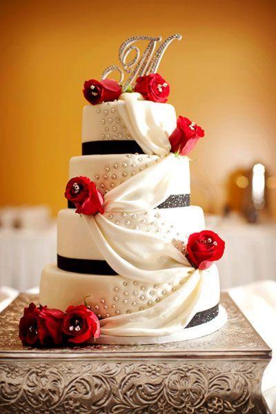 35  Red and Black Vampire Halloween Wedding Ideas   http://www.deerpearlflowers.com/red-and-black-vampire-halloween-wedding-ideas/