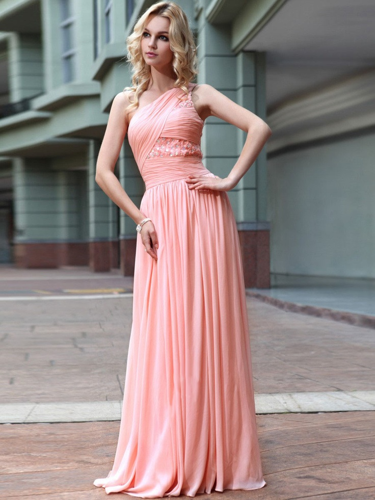 32 best prom dresses images on Pinterest | Long fitted prom dresses ...