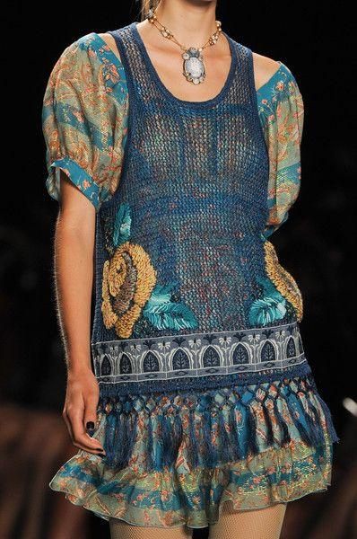 Anna Sui Spring 2013 - Details