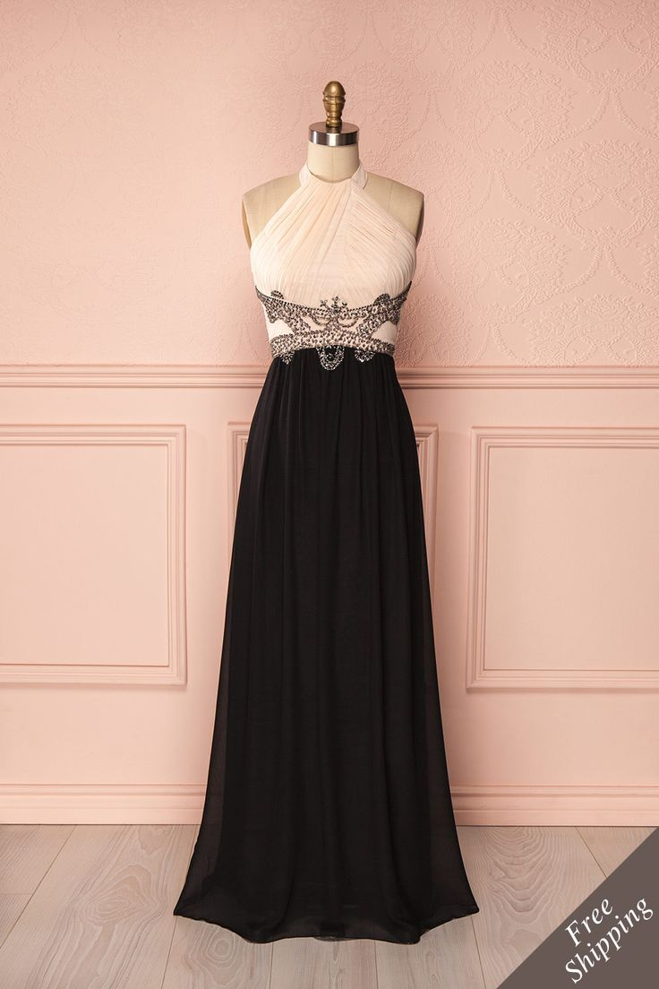 Robe de bal maxi licou pêche et noir à paillettes argentées à la taille - Peach and black halter maxi prom dress with silver sequin waistline