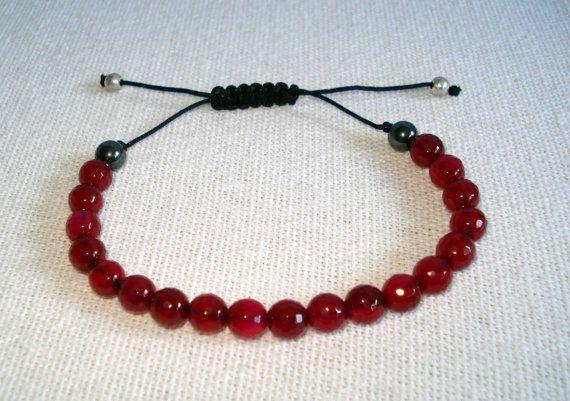 Beaded bracelet Garnet Agatha bead bracelet by PrintCorner on Etsy