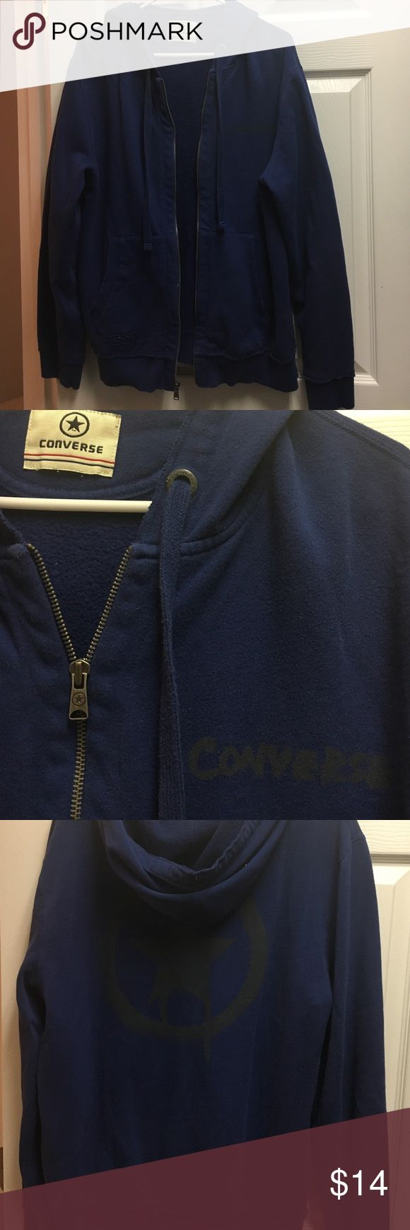 Converse zip up hoodie w/pockets Like new worn once awesome zip up hoodie in perfect condition with a big star ⭐️ on the back Converse Tops Sweatshirts & Hoodies