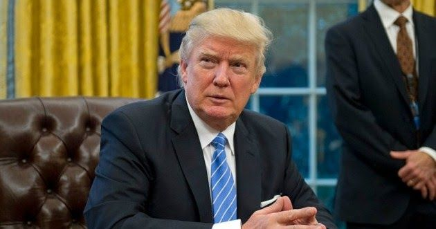 US President Donald Trump fired the acting Attorney General following the Yates.Pemecatan Sally Yates command that United States Ministry of Justice lawyers did not defend