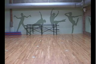 How to Build a Sprung Dance Floor Cheap (5 Steps) | eHow