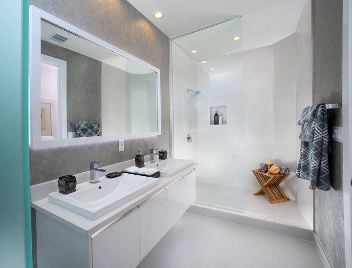 Dream Bathrooms Part - 41: Do You Prefer A Bathroom That Feels LIGHT And BRIGHT Like This One?! #