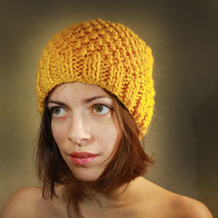 "Шерстяная шапка-бини вязанная ""Манадринка"". Яркая желтая шапка из 100% шерсти."