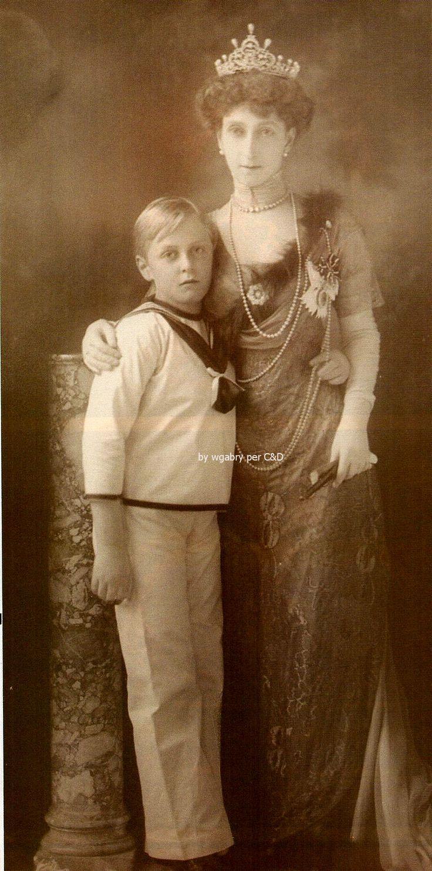 La Regina Maud con il figlio Olav