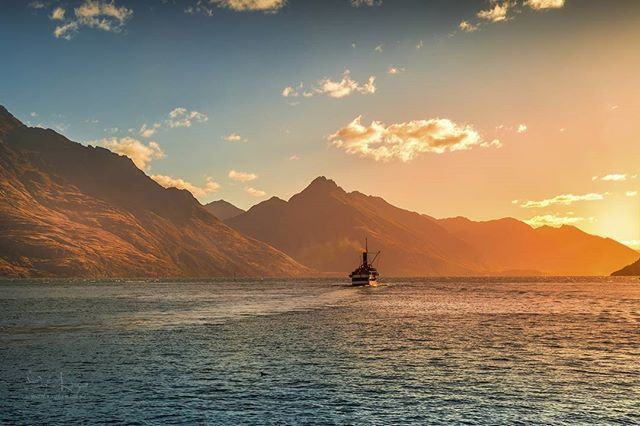 Sunset over Lake Wakatipu near of Queenstown New Zealand