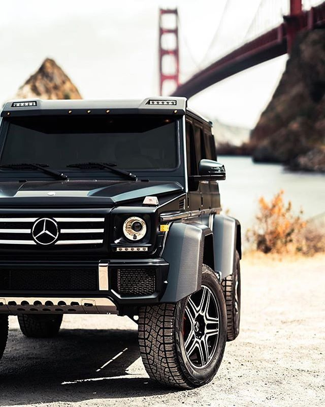 It's a G Thang² ⭐️ Photo shot by @bylkylov. ____________________ Mercedes-Benz G 500 4x4² | Fuel consumption combined: 13.8 l/100 km | CO2 emissions combined: 323 g/km . #MercedesBenz #GClass #4x4squared #mbfanphoto #itsagthang #automotivedesign #sanfrancisco #sanfranciscobay #goldengatebridge