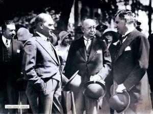 Atatürk'ün Fotoğrafçısı Cemal Işıksel'in Objektifinden Muazzam 30 Atatürk Fotoğrafı   MustafaKemâlim