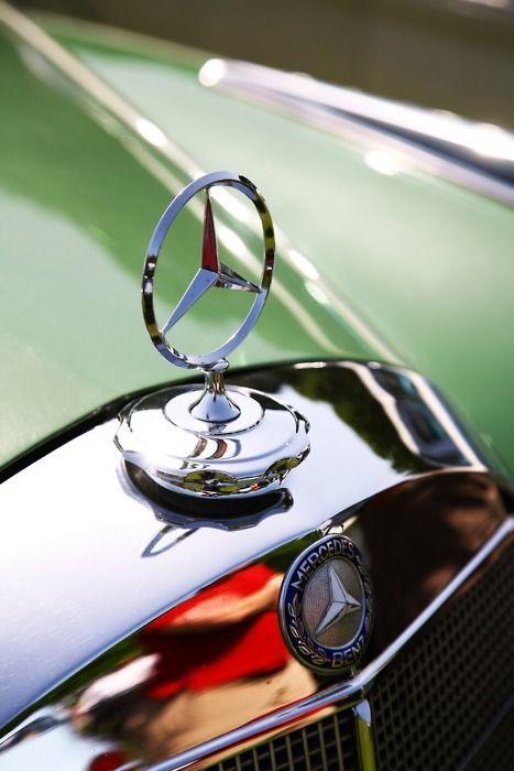 Mercedes Benz logo. #mb #logo / Via: http://thesyllabusforclass.tumblr.com/post/9555224757