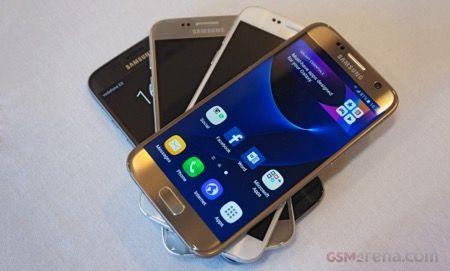 Bejelentésre került a Galaxy S7 és S7 edge  Bejelentésre kerültek a várva várt Samsung csúcsmodellek. Itt a Galaxy S7 és S7 edge.  http://www.vizualteszt.hu/hirek/144-bejelentesre-kerult-a-galaxy-s7-es-s7-edge.html  #mwc2016 #mwc2016barcelona #mwc #samsunggalaxy #samsungunpacked #samsungunpacked2016 #galaxys7 #galaxys7edge #waterproof #forcetouch  #qualcomm #snapdragon820 #exynos8890