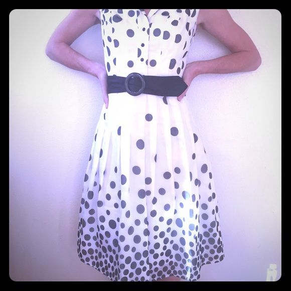 Spring sale! Kay Unger silk party dress Silk Kay Unger dress in black & white polka dots. Black satin belt. Fully lined. Beautiful for spring! Kay Unger Dresses