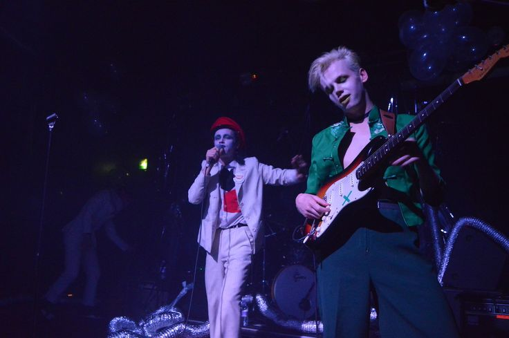 Live review: HMLTD revived London's underground scene at London's Scala - Notion Magazine