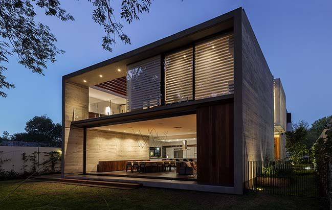 Modern Home Located In Zapopan Jalisco Mexico Architects Em Estudio House Container House Design Vista House