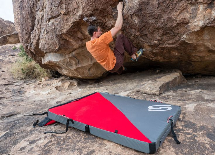 Corrugated Crash Pad Review: New Tech for Better Landing  ||  After two months of testing, we found the Send Climbing 3x4 Pro Crash Pad safe and easy to carry. https://gearjunkie.com/send-climbing-3x4-pro-bouldering-crash-pad-review?utm_campaign=crowdfire&utm_content=crowdfire&utm_medium=social&utm_source=pinterest