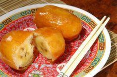 Aprenda a preparar banana caramelada chinesa com esta excelente e fácil receita.  A banana caramelada chinesa é uma deliciosa sobremesa que todo o mundo deve comer...