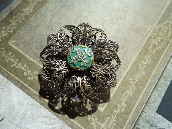 Beautiful Vintage Button Brooch or Decorative by PipersEmporium, $15.00