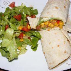Vegetarischer Burrito mit Guacamole und 87.000 weitere Rezepte entdecken auf DasKochrezept.de